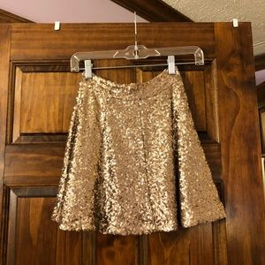Gold sequin high waisted skirt from Tobi!